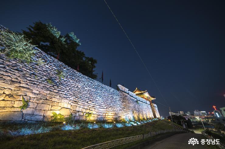 홍성 홍주성, 한여름밤 즐기는 산책