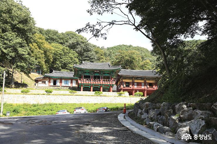 장곡사에서 격동의 한국 현대사를 다 볼수 있다