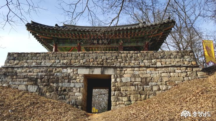 공산성의 동쪽 문, 영동루(迎東樓)