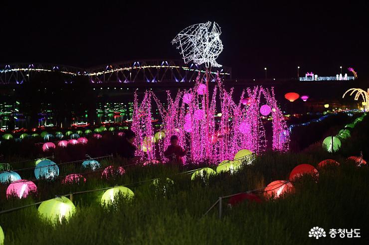 백제문화제 감동, 로맨틱 백제별빛정원으로