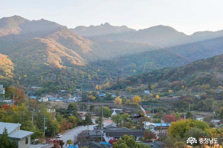 계룡산 기슭의 '가을 수채화'