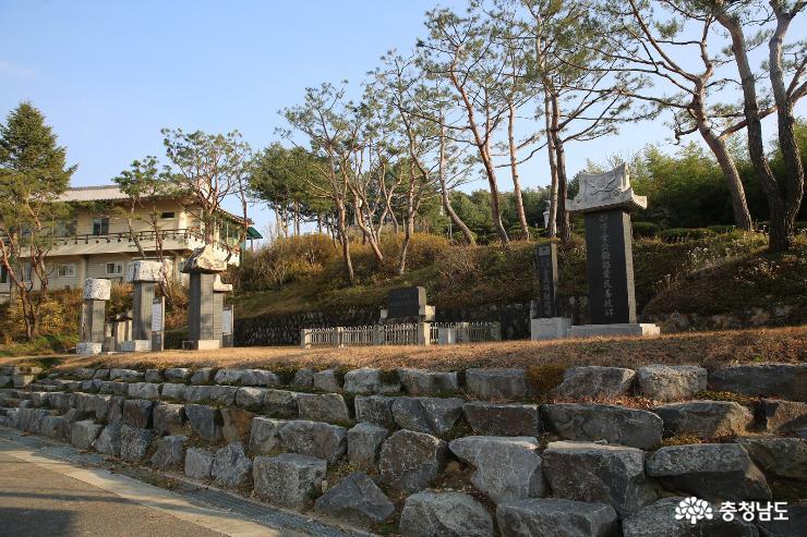 금산의 애국지사들의 혼이 있는 남산공원