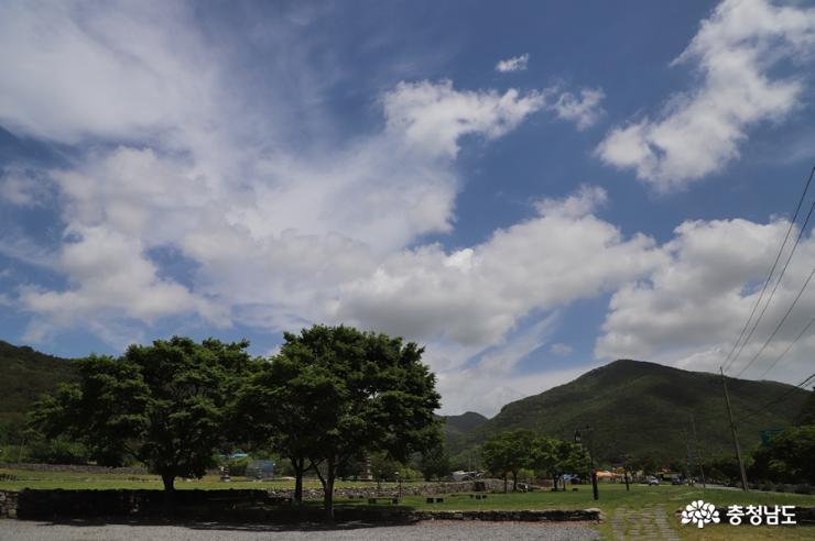 하늘이 멋진 날에는 보령성주사지