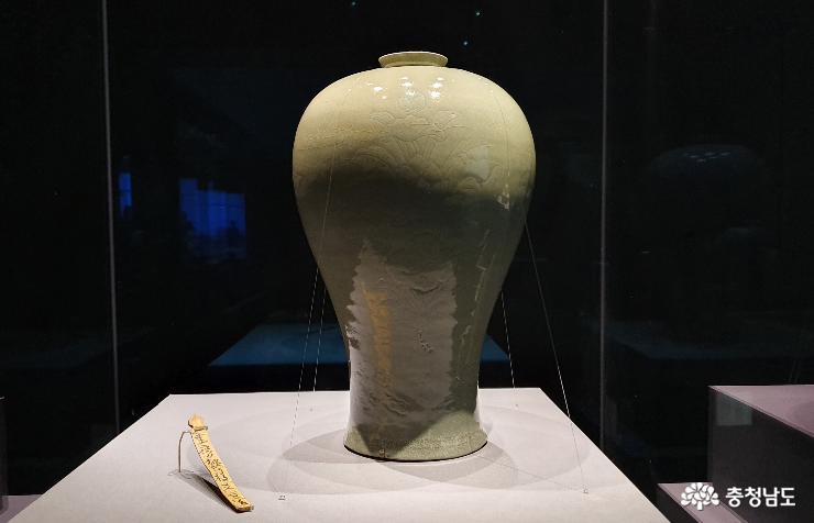 고려청자… 천년의 시간을 넘어 보물로 부활하다