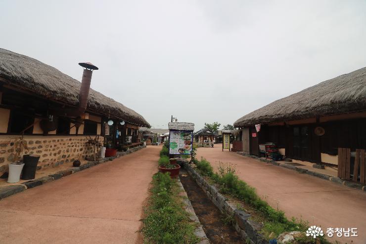 소박한 풍경들이 가득한 외암민속마을 저잣거리 사진