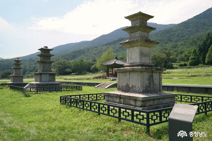 성주사지 석탑