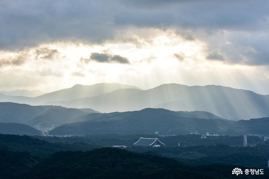 천안 취암산의 초가을 아침
