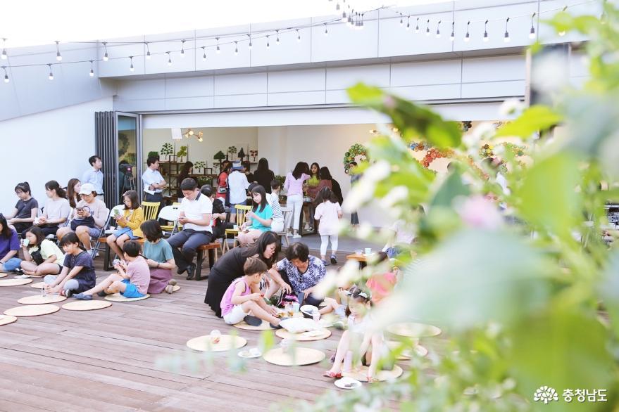 삼거리갤러리에 울려퍼진 아카펠라 - 한여름밤의 아카펠라 1