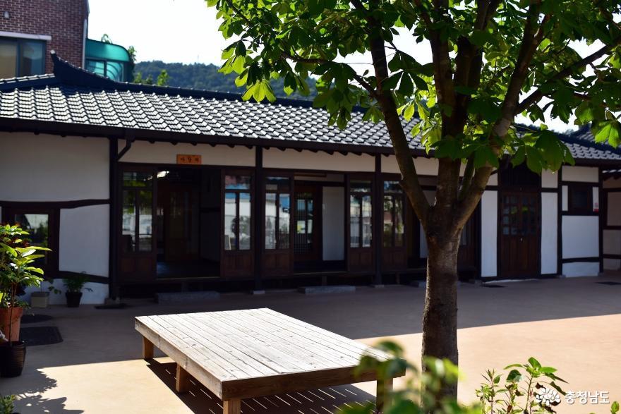 공주당일여행코스: 제민천문화거리, 공주하숙마을, 잠자리가 놀다간 골목 13