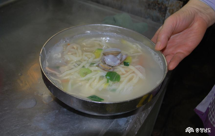 서울분식 바지락칼국수-1인분, 5,000원