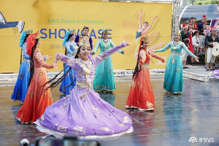 신명나는 춤으로 하나되었던 세계인의 축제  '2019 천안흥타령춤축제' 60