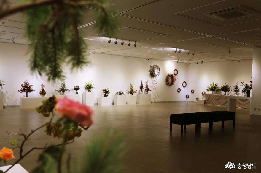 시민들의 문화생활 향상을 위한 한뼘미술관, '꽃을 배우다'