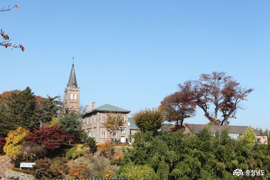 [통통충남]가을빛 가득한 공주 중동성당