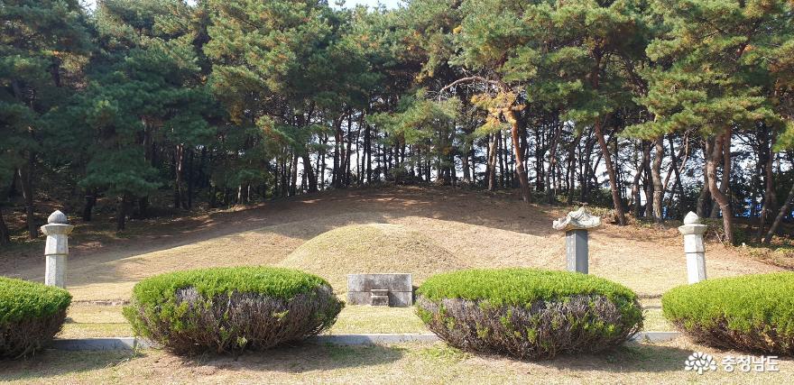 담헌 홍대용 묘