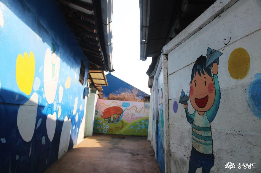 감성이 몽글몽글 피어나는 미나릿길 벽화마을 13