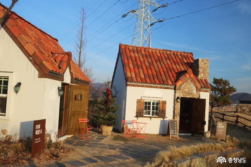 동화마을을 연상케 하는 '뚜쥬루 빵돌가마 마을' 9