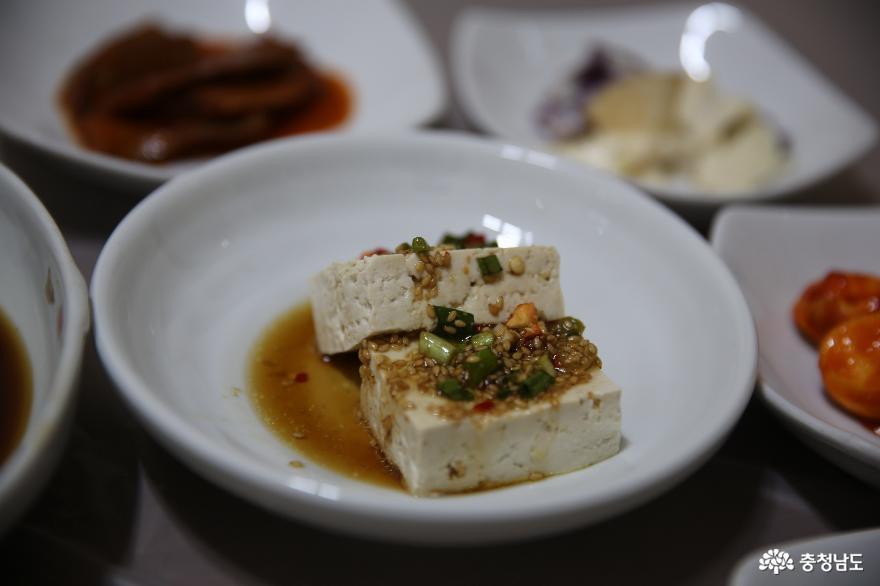 정성의 간장으로 만든 미더유맛집의 간장게장 9