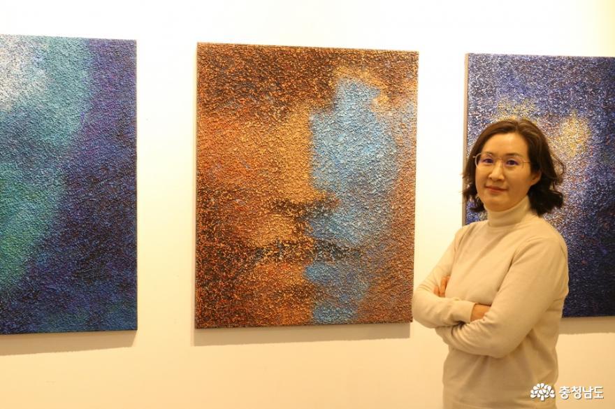 현대인의 초상 그리는 윤시현 작가의 '내적 공간' 개인전 열려