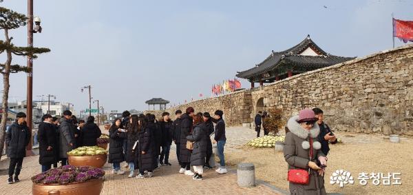 [서산]사계절 관광객 발 잇는 서산해미읍성 1