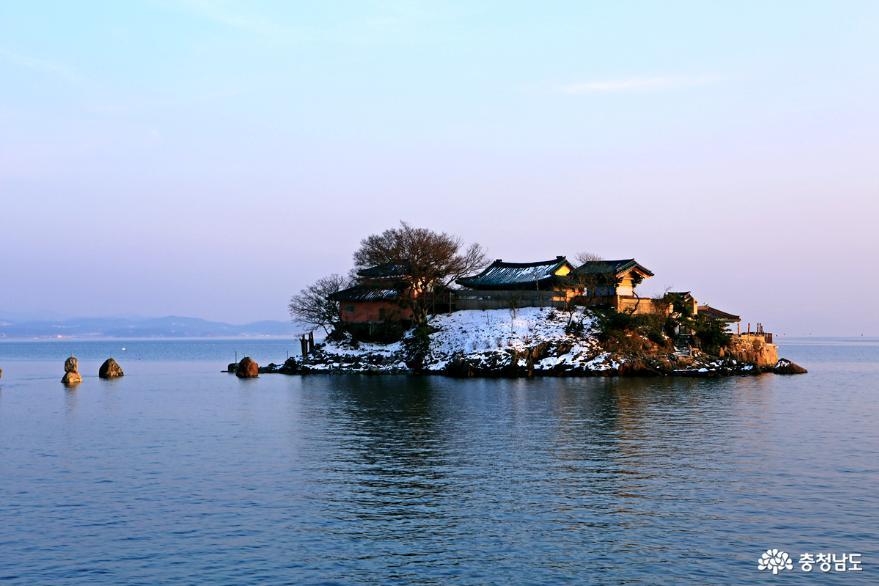 서산 일몰명소 간월암의 황금빛 일몰 4