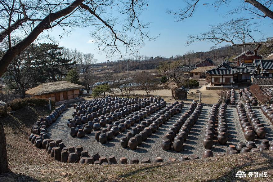 '논산 가볼만한곳' 전통의 멋과 풍류가 흐르는 명재고택과 노성향교