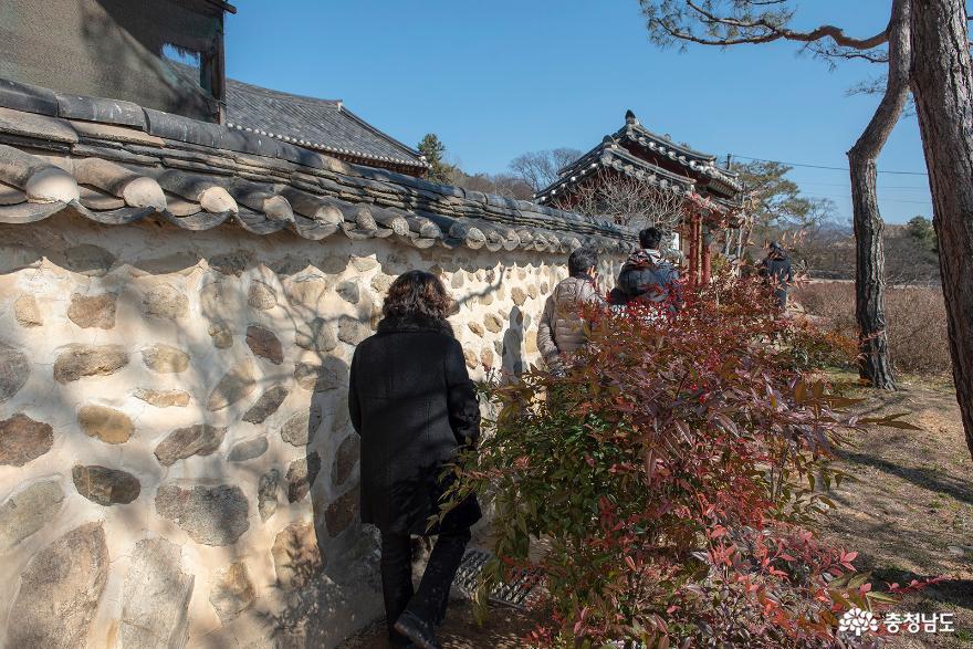 '논산 가볼만한곳' 전통의 멋과 풍류가 흐르는 명재고택과 노성향교 11