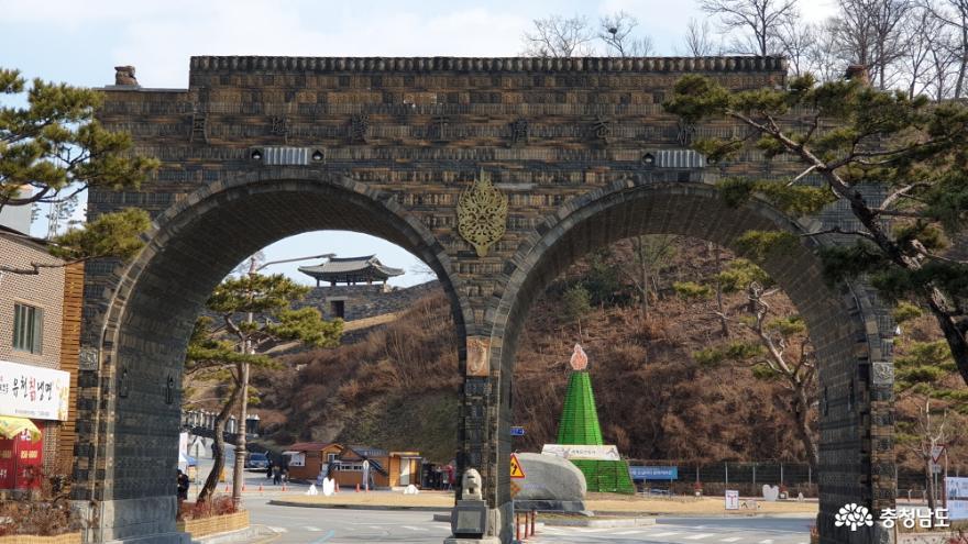 공주 연문광장과 공산성 금서루