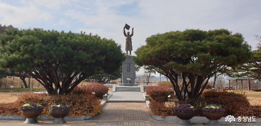 유관순 열사 동상