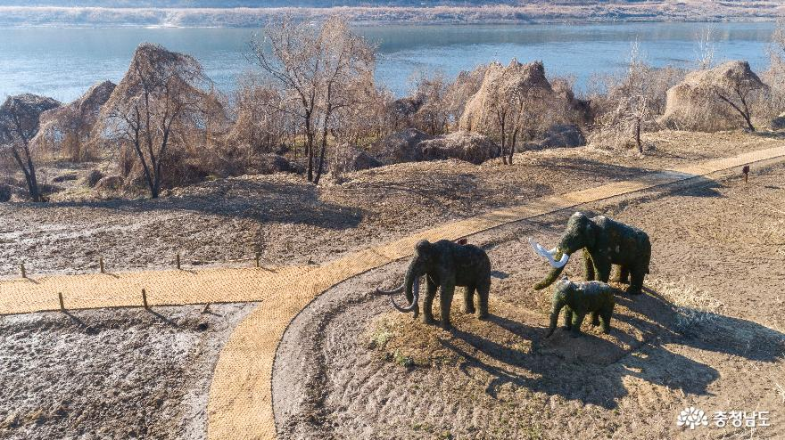 조형물(코끼리)이 있는 풍경#1