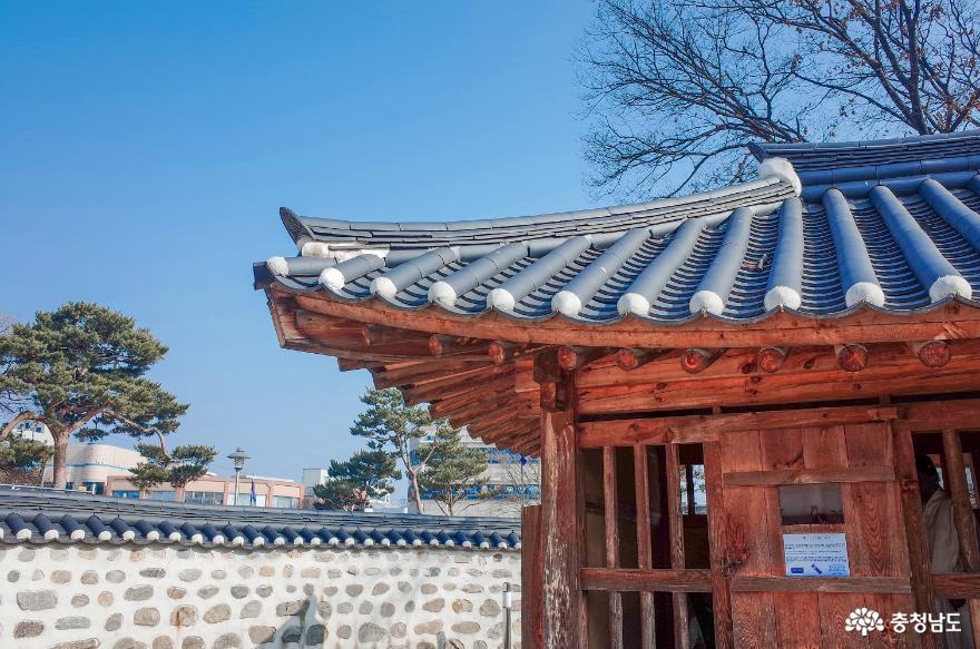 과거와 현재가 공존하는 홍주성 조양문, 홍주아문, 안회당, 여하정
