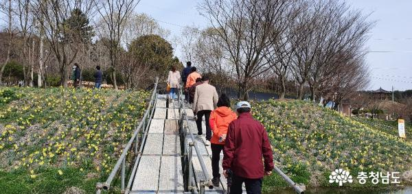 [충남]관광객들 요구와 안전하게 지역경제 살릴 방안 모색해야