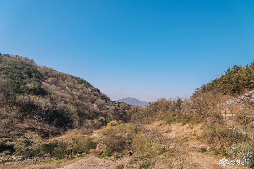 계룡산을 바라보며 산책, 공주 계룡저수지 5