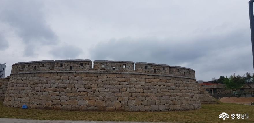 복원된 홍중성 북문 4