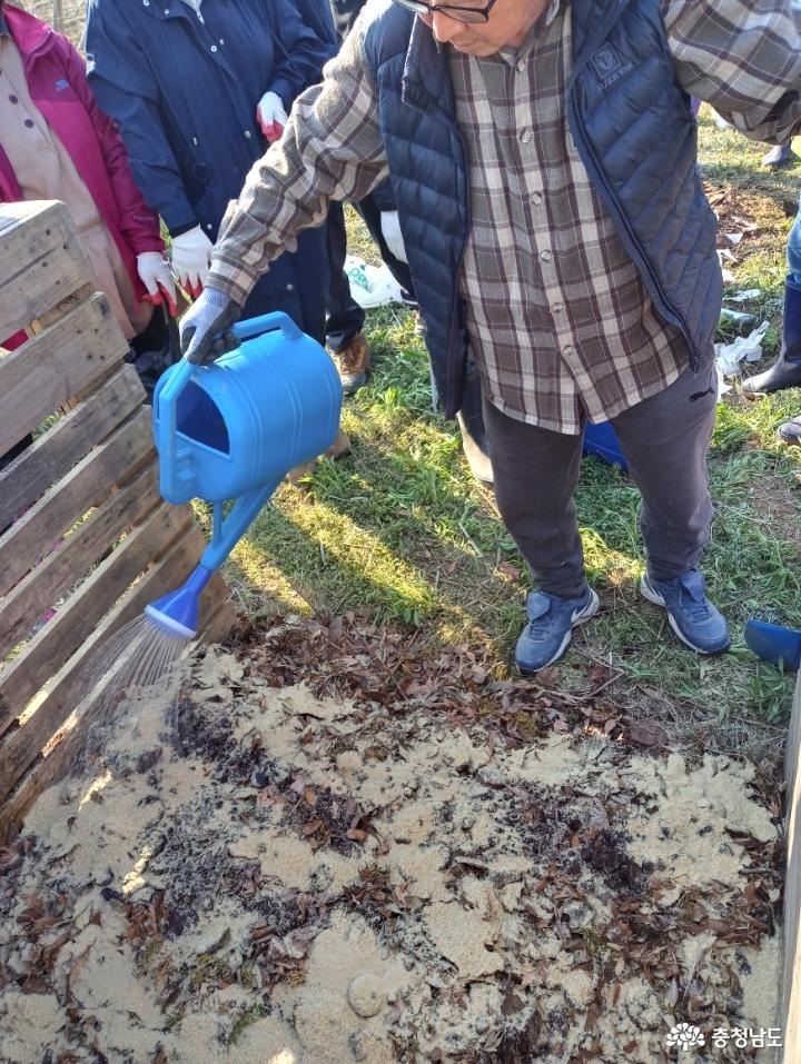 흙 살리는 퇴비 만들기 12