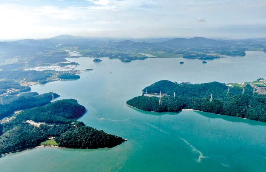 항아리 모양 가로림만의 섬들
