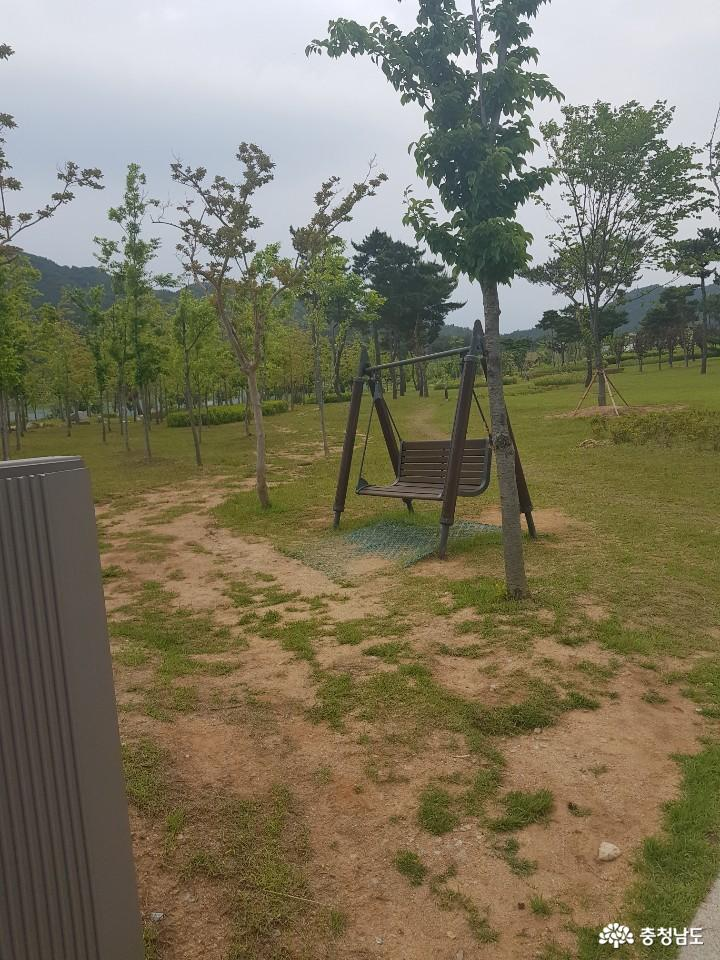 역사를 생각하게 되는 홍성 홍예공원 9