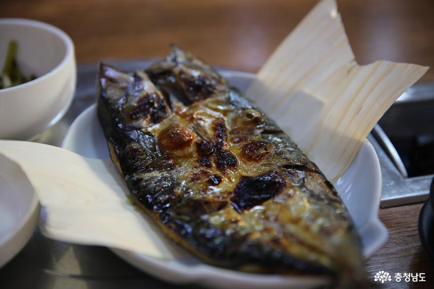 생선을 곁들인 한 끼의 건강한 식사를 해 봐요 7