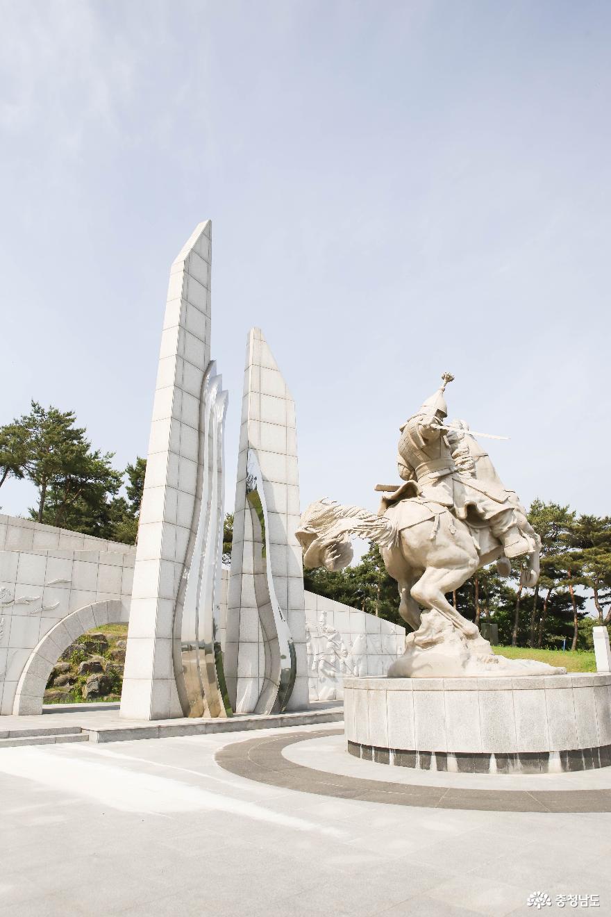 충혼공원 안의 계백 장군 9