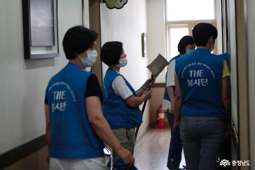 The 봉사단, 천안 신아원 아이들과 예쁜이비누만들기 봉사 15