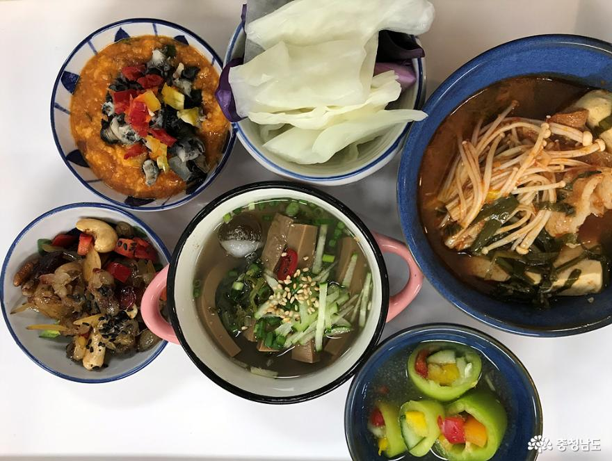 교육생들이 실습한 자신의 한상차림 밥상