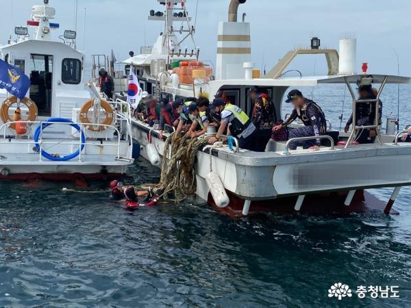 해상 선박사고 잇따라, 휴가철 위험 증가