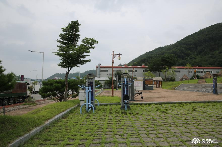 계룡의 옛날 집터였던 곳 '계룡 입암리유적공원'