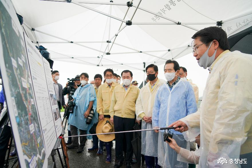 오세현 아산시장, 정세균 국무총리와 호우 피해지역 방문 사진