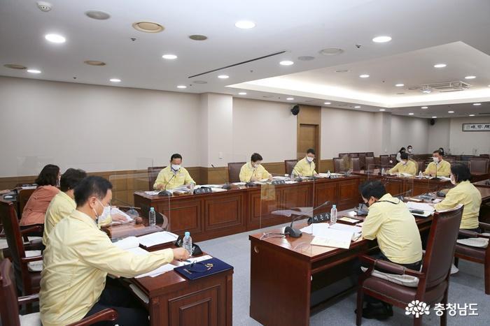 천안시 '전업작가' 작품구입 예산, '형평성' 문제로 의회 문턱서 좌절