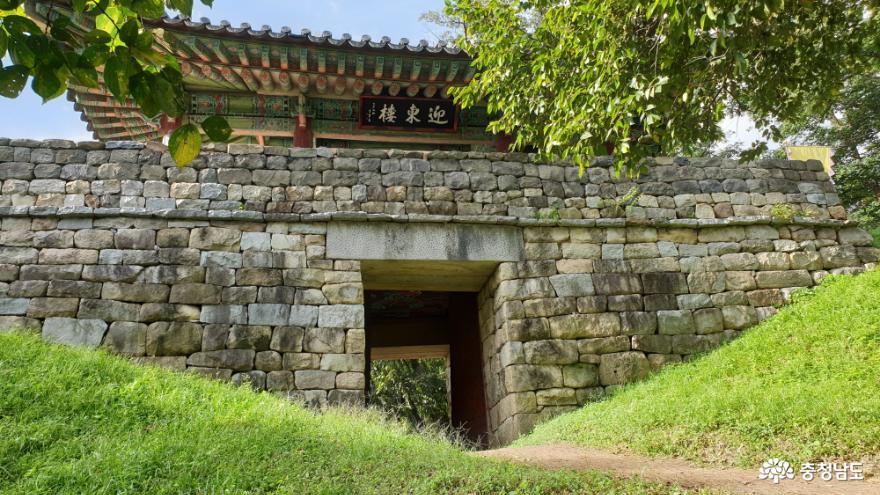 공산성의 동문(東門), 영동루(迎東樓)에 올라