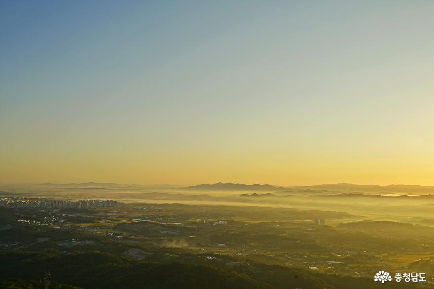 아름다운 홍성의 풍경을 만날 수 있는 백월산 일출 산행 9