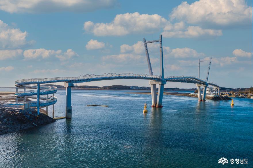 드론으로 바라본 '태안 드르니항'의 겨울 풍경