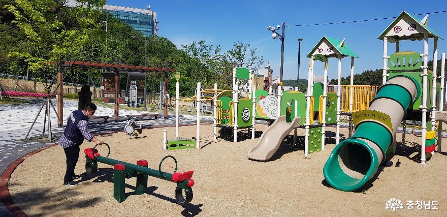 천안시, 도시공원 내 어린이 놀이시설물 안전 점검