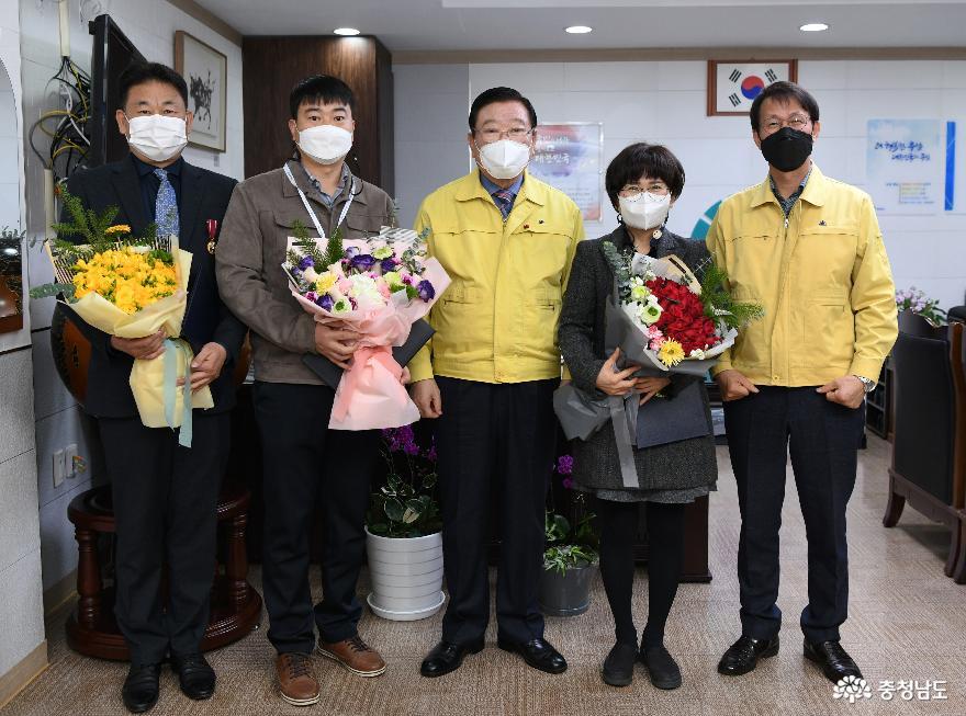 홍성군, 2020년도 정부 모범·우수공무원 3명 선정