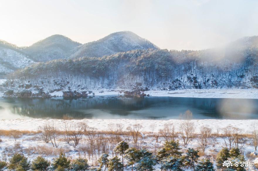 충남의 명승지, 눈 덮인 '공주 고마나루' 풍경